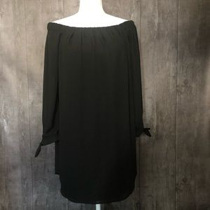 Express Off The Shoulder 3/4 Sleeve Black Tunic